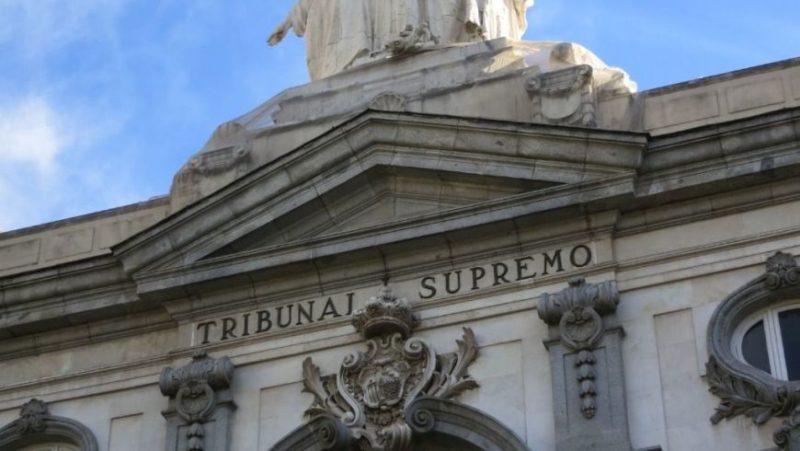 """UGT y CCOO consideran """"indignante"""" el cambio de criterio del Tribunal Supremo sobre quién tiene que pagar el impuesto"""