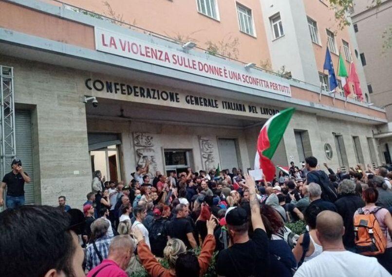 UGT y CCOO convocan mañana concentraciones en toda España en apoyo al sindicato italiano CGIL