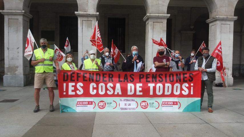 UGT y CCOO en Cantabria reclaman iniciar el debate sobre una futura Ley Integral de las Personas Mayores