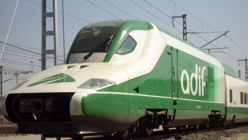 El Administrador de Infraestructuras Ferroviarias (ADIF) tiene 300 empleados en Cantabria