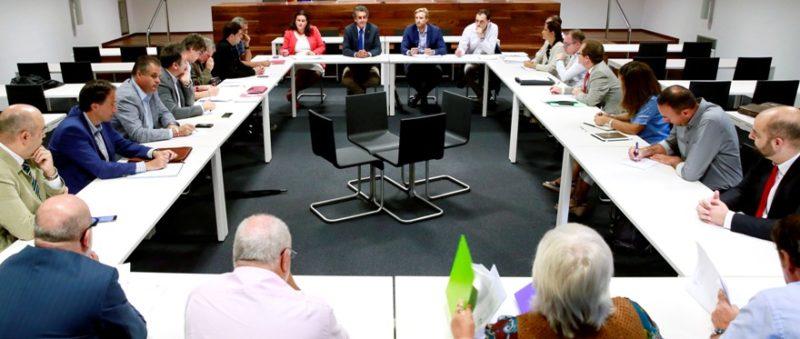 UGT planteó en el grupo de trabajo Red Ferroviaria más inversiones para la línea ferroviaria de cercanías en Cantabria