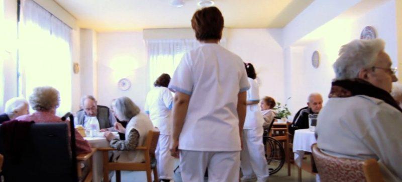 El sector de la dependencia emplea a más de 6.000 trabajadores en Cantabria, casi un 90% de ellos mujeres