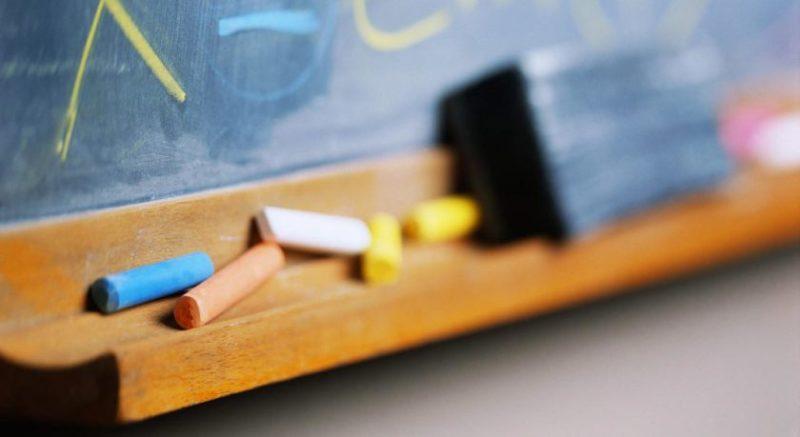UGT pide a Educación iniciar ya la preparación prevntiva para el retorno a las aulas