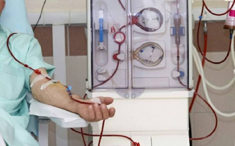 UGT anuncia movilizaciones en la empresa que realiza las diálisis para el Servicio Cántabro de Salud