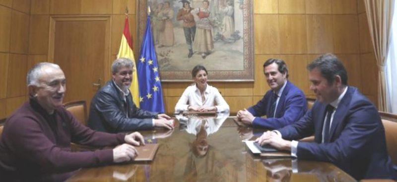 Mesa del diálogo social que negocia los acuerdos sobre los ERTE