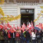 Concentración de delegados del sector público de UGT y de CCOO en Cantabria