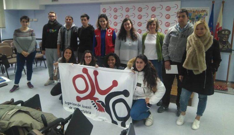 Participantes en el taller de OJUCA para jóvenes