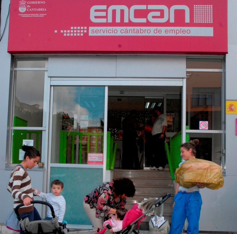 El aumento del paro en Cantabria el pasado mes de mayo correspondió en exclusiva a las mujeres