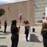 Concentración de hoy de las trabajadoras de H&M del centro de Valle Real en coincidencia con la jornada huelga