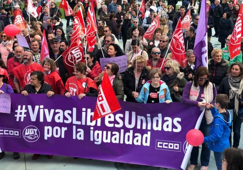 Pancarta por la igualdad en la última manifestación del 1 de Mayo