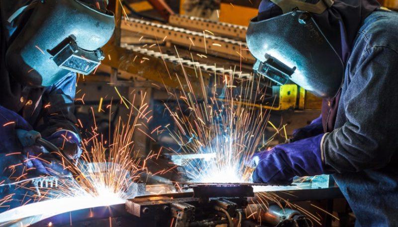 La industria siderometalúrgica de Cantabria registró el año pasado más de un 93% de contratos temporales