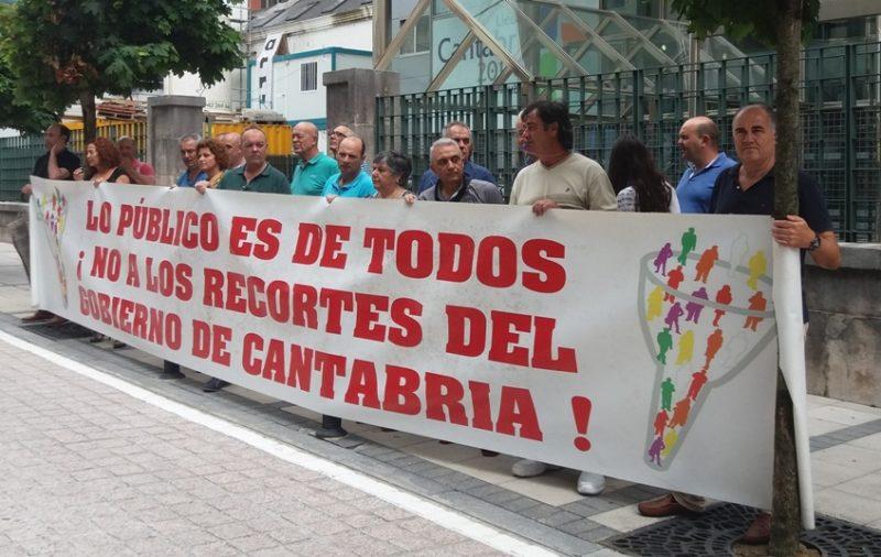 Los delegados se concentraron hoy pese a no realizarse definitivamente la jornada de huelga