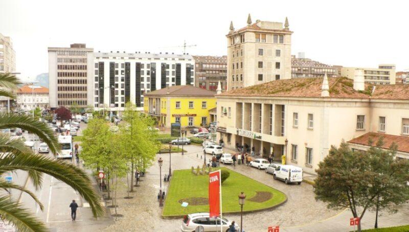 Los comités de RENFE y ADIF convocan mañana en Santander una concentración por un ferrocarril público y sostenible