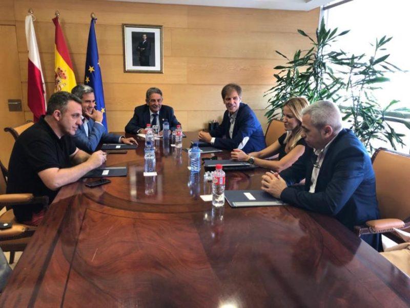 Reunión con Revilla para iniciar la Concertación Social en la presente legislatura política