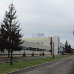 Fábrica de SEG Automotive en Treto, donde hoy iniciaba una huelga general indefinida