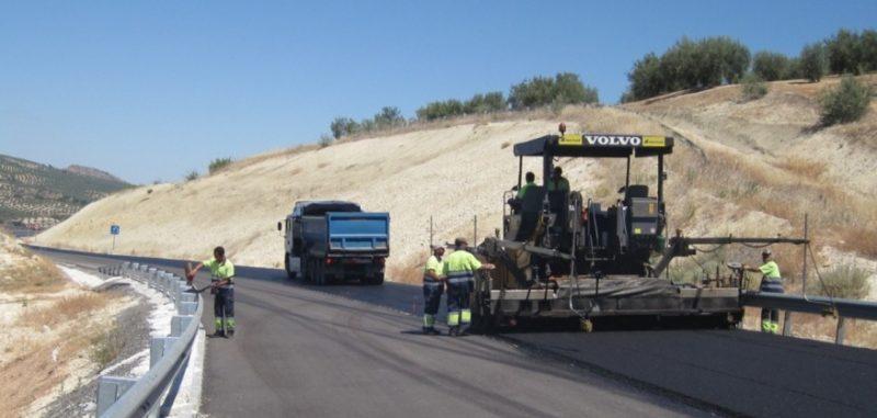 El servicio de carreteras de Cantabria carece en la actualidad del material más indispensable para realizar su labor diaria