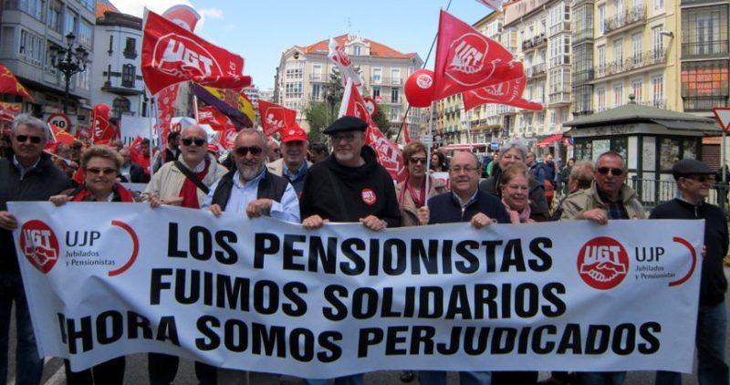 Los jubilados de UGT y sus homónimos de CCOO piden atención geriatría en la atención primaria de Cantabria, no sólo en la especializada de los hospitales