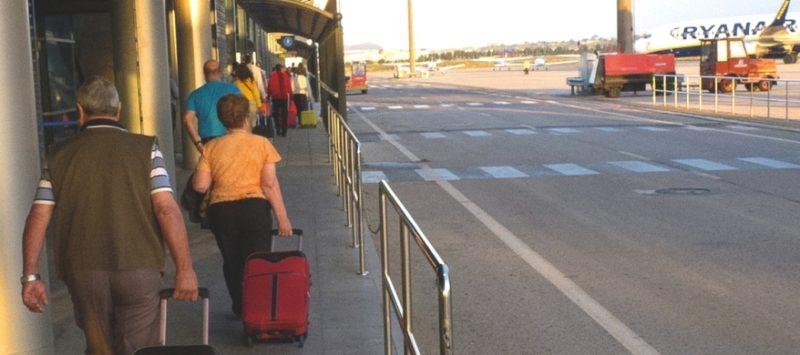 La huelga en los aeropuertos se aplaza hasta octubre por el avance en las negociaciones