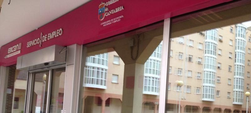La mayor parte de los desempleados sin prestación en Cantabria son mayores de 44 años y casi un 60% mujeres