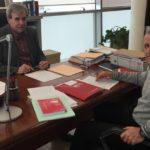 En primer término, Luis Santos Clemente, junto con el consejero de Presidencia del Gobierno de Cantabria