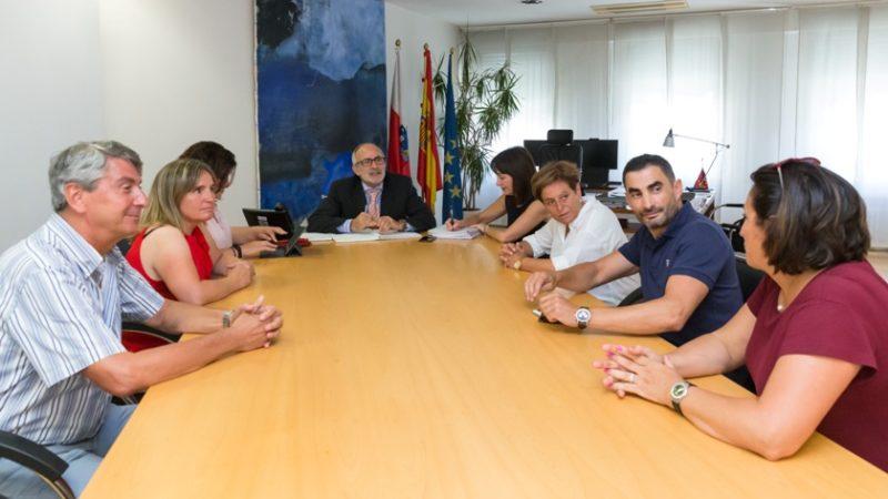 Primera reunión del Sector de Sanidad de UGT con el actual consejero del ramo en el Gobierno de Cantabria, Miguel Rodríguez